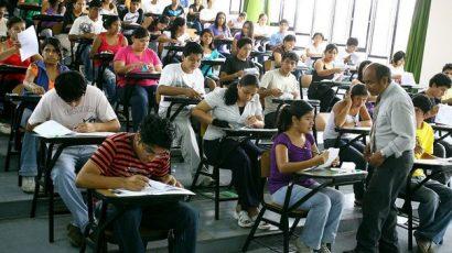20 estudiantes de la UNSCH acudirán al CADE Universitario