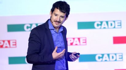 """Cristóbal Cobo: """"Los educadores ven con desconfianza a los empresarios [y viceversa]"""""""