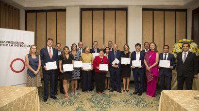 """Diez empresas recibieron certificación de empresarios por la integridad"""""""
