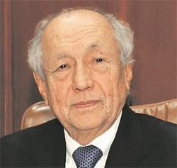 Carlos Hiraoka